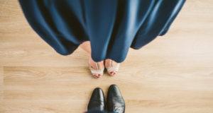 Cum sa porti pantofi fara sosete la un costum elegant sau business