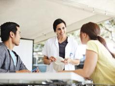 Premiera in medicina din Romania. Se lanseaza Programul Stomacare, care le ofera asistentelor competente in Stomaterapie